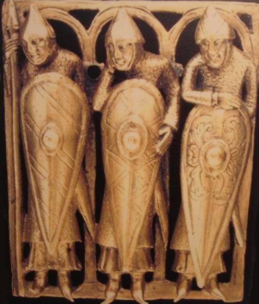중세 초기에 주로 쓰이던 카이트 방패 모습. 원형 방패보다 폭을 줄여 움직이기 쉽고, 하반신까지 보호하기 위해 길쭉한 형태로 만들어졌다.(사진=위키피디아)