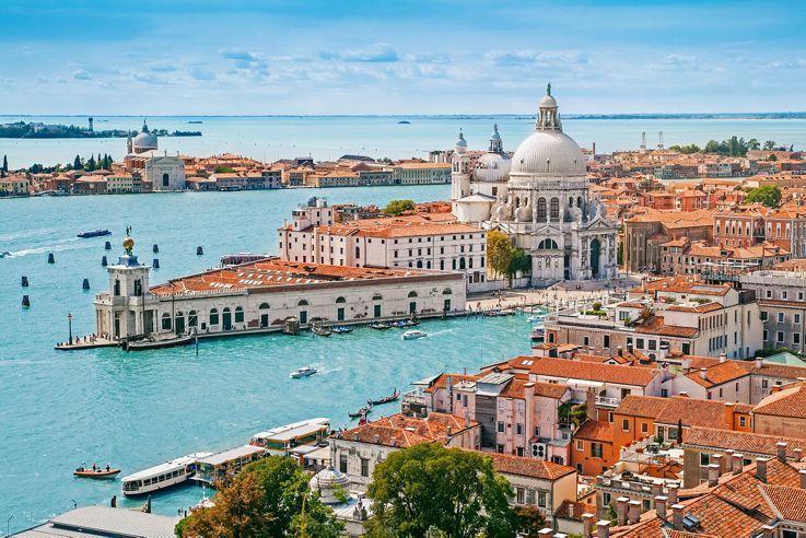 물의 도시이자 오페라 부흥의 발상지 베니스