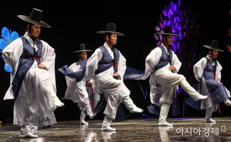 [포토] 어르신들의 멋진 무대