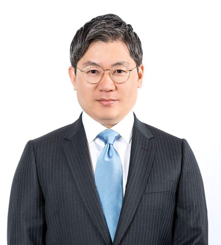 ▲최익훈 HDC아이파크몰 대표이사 전무