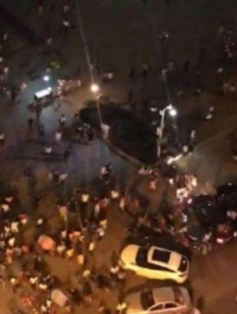 中, 후난성에서 SUV가 광장으로 돌진…55명 사상