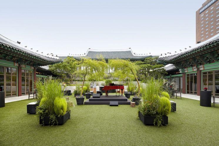 서울신라호텔, '숲 속 재즈콘서트' 콘셉트 '홀리데이 와이너리 패키지' 선봬