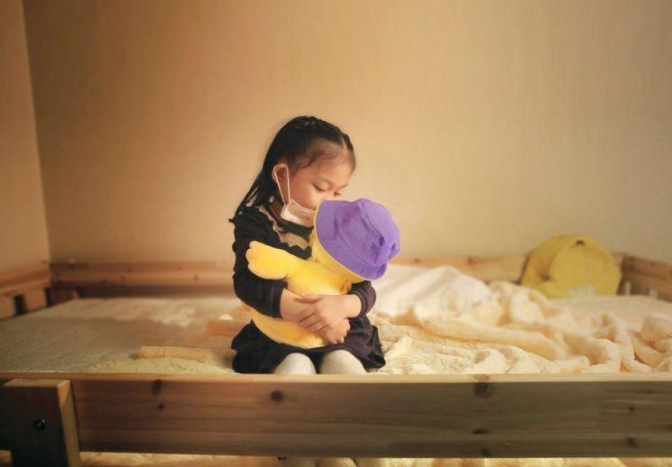 흥국생명, 소아암 환아 위한 스마트인형 지원