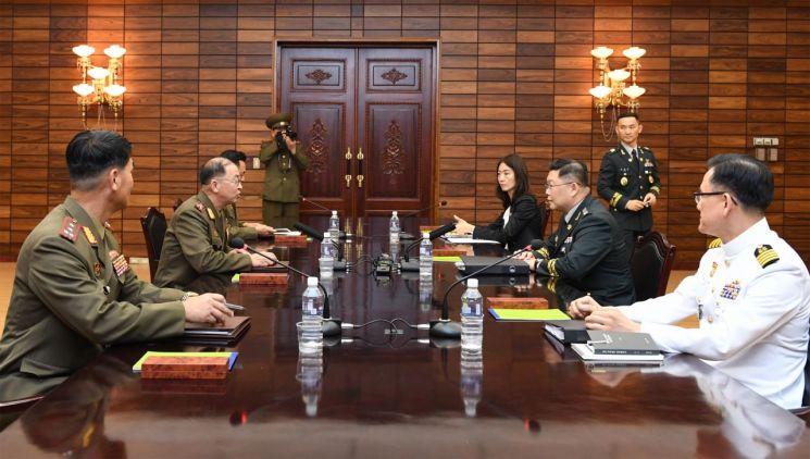 NLL서 접점 못찾은 17시간 마라톤 군사실무회담
