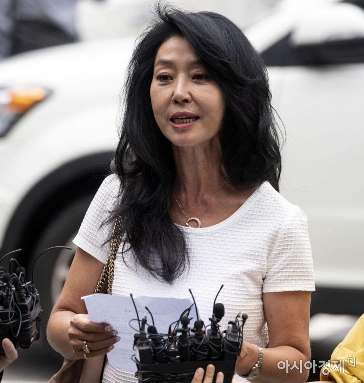 """""""큰 점 있다"""" 신체 특징 언급한 김부선…이재명 반격 준비하나"""