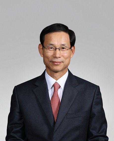 """집값 하락·거래량 감소, 최정호 """"시장 안정화 과정 판단…부동산 규제 지속"""""""