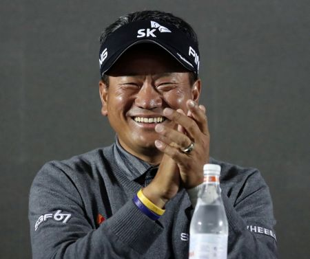 """[골프토픽] 최경주 """"내년에도 PGA투어 뛴다"""""""