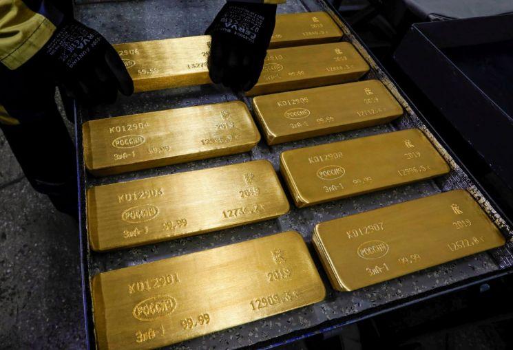 """""""불확실성엔 역시 금"""" 세계 중앙은행, 1분기 금 매수량 68% 증가"""