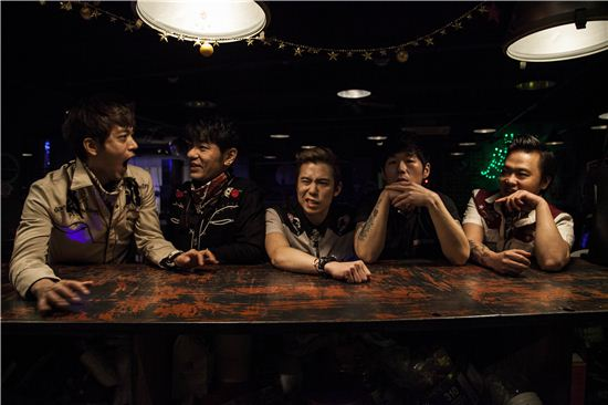 다시 태어난 로커빌리 밴드 스트릿건즈, 13일 발매 기념 쇼케이스 ...