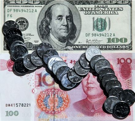 미국 채권에 대한 급격한 매각은 중국 경제는 물론 중국 화폐인 위안화의 가치에도 큰 변동을 줄 수 있다.(사진=아시아경제DB)