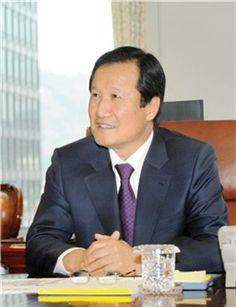윤증현 기획재정부 장관