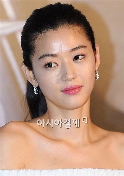 Korean actress Jun Ji-hyun [Asia Economic Daily]