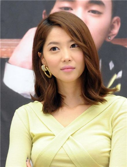 "Korean actress Oh Yoon-ah in ""Master of Study"" [KBS]"