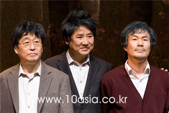 From left, actors Kim Chang-wan, Lee Young-ha and Oh Kwang-rok [Chae Ki-won/10Asia]
