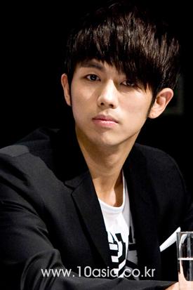 Korean singer-turned-actor Im Seulong [Lee Jin-hyuk/10Asia]