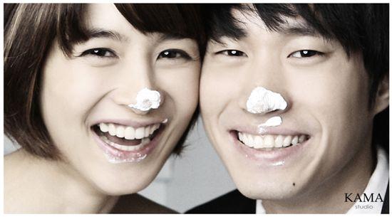 Korean actress Kang Hye-jung and singer Tablo of Epik High [YG Entertainment]