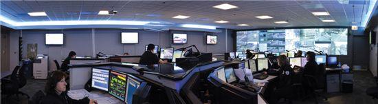 빅블루 IBM의 스마트도시(Smart City) 시스템을 관리하는 중앙통제소. 교통·보건·범죄감시 등이 이뤄지는 핵심  장소이다.