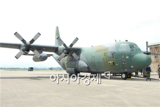 <h1>[양낙규의 Defence Club video]공군, 고립된 한국인 구출</h1>