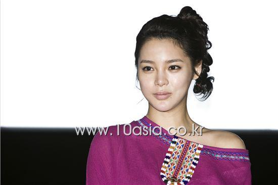 Actress Park Si-yeon [Chae Ki-won/10Asia]