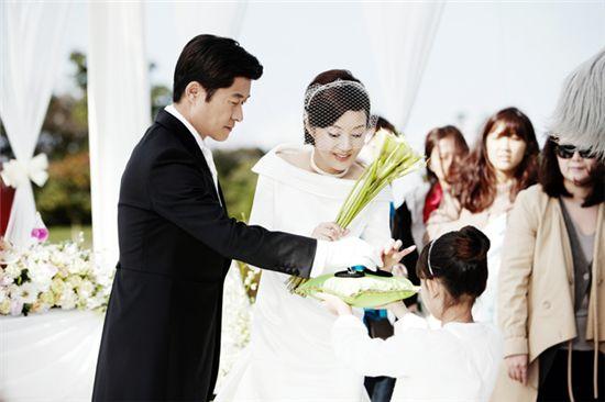 '인아' 김상중-장미희, 드디어 중년의 웨딩마치