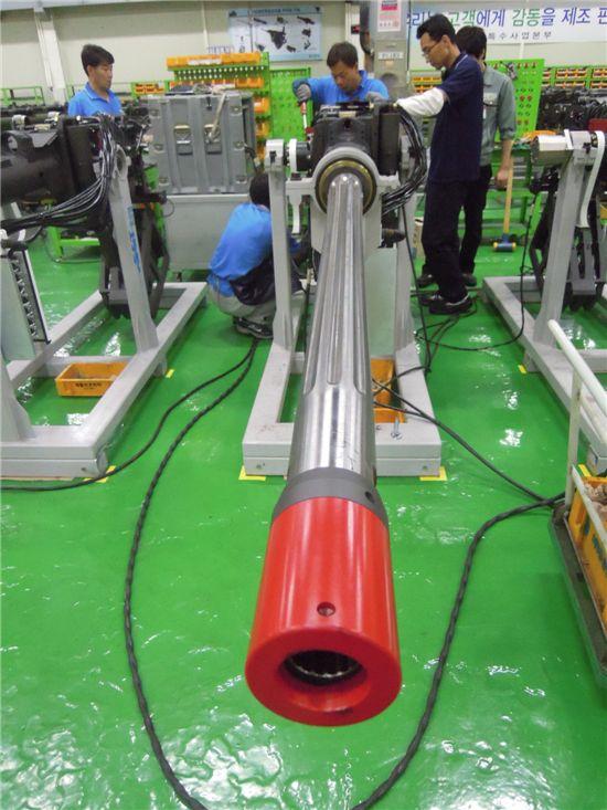 분당 300발이 발사 가능한 40mm 주무장의 핵심기술은 연발에도 균열이나 변형이 되지 않는 총열이다.