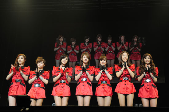 T-ara members Hwayoung, Boram, Eunjung, Jiyeon, Soyeon, Hyomin and Qri at their showcase held at the Shibuya-AX concert hall in Tokyo, Japan on July 5, 2011. [Core Contents Media]
