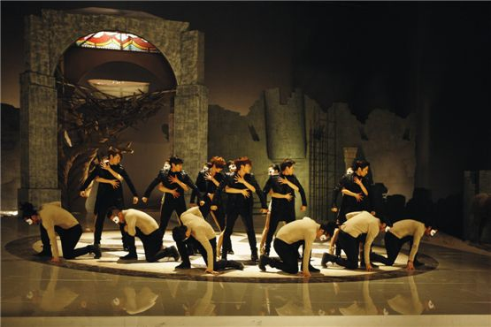 "A still-shot from Shinhwa's ""Venus"" music video [Shinhwa Company]"