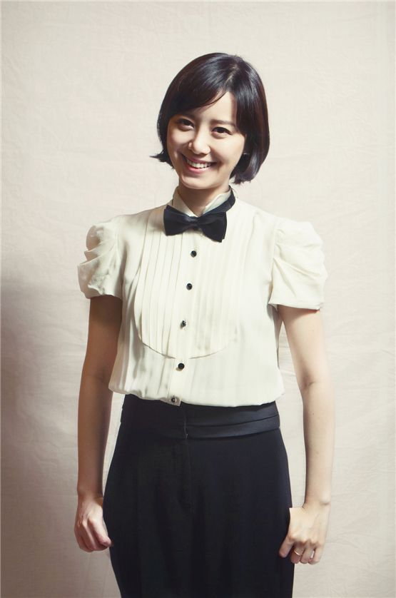 Ku Hye-sun poses in front of the camera at the Jecheon International Music and Film Festival hosted in Jecheon, South Korea, from August 9 to 15, 2012. [Lee Jin-hyuk/10Asia]