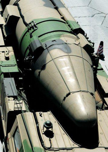 미국의 접근을 거부하는 중국의 항모킬러 둥펑-21D