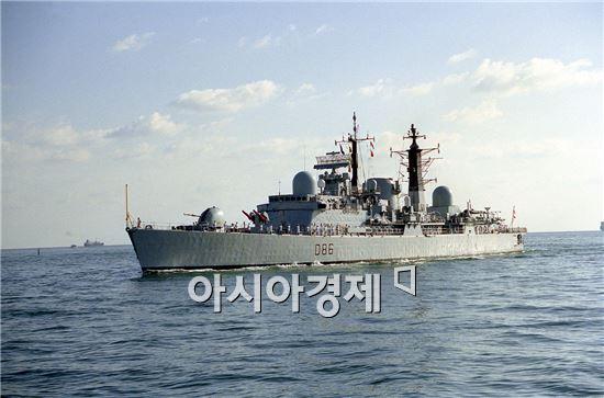 <h1>최첨단 해상무기<4>45형 데어링급 구축함(Type 45 Daring Class Destroyer)</h1>