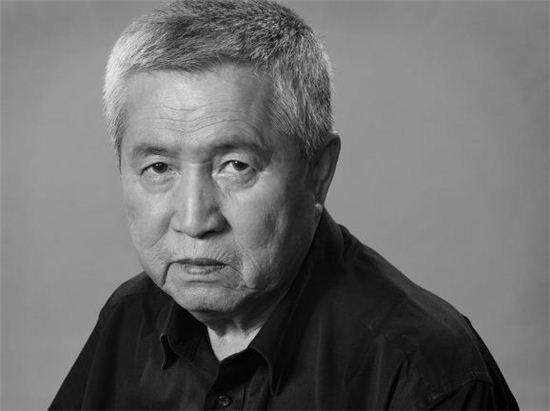 임권택 감독 102번째 영화 '화장'…안성기·김규리·김호정 캐스팅 - 아시아경제