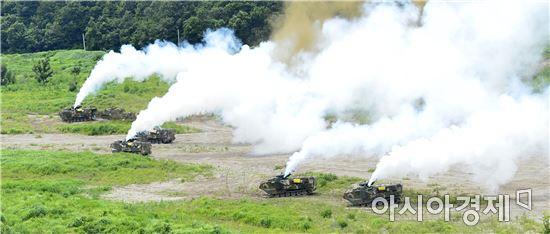 한미해병대는 지난달 27일부터 이달 14일까지 경북 포항 해병대 훈련장에서 연대급 '한미 연합 공지(空地)전투 훈련'을 실시하고 있다.