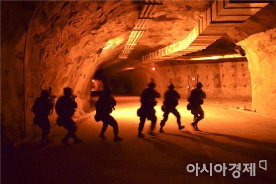 주한미군이 공개한 66기갑연대 3대대 병력의 훈련모습