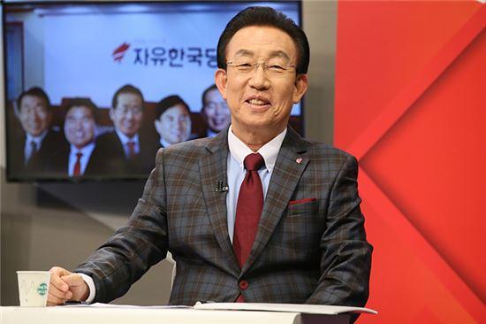 김관용 경북지사[사진=자유한국당 홈페이지]