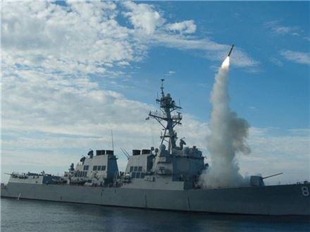 해상에서 발사 중인 토마호크 순항미사일. 사진=미 해군 제공