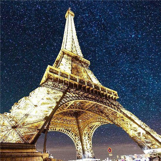 1위 에펠탑(프랑스)
