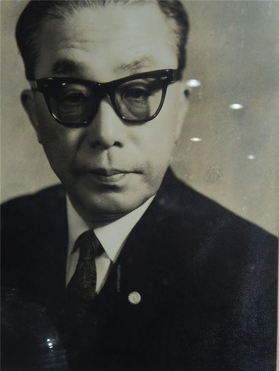 청마 유치환 시인(1908-1967)