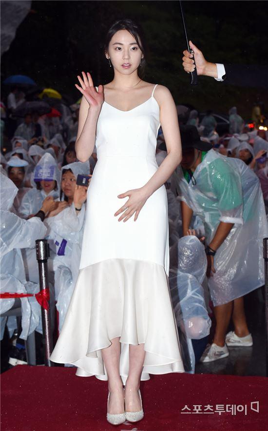 [포토] 안소희 '눈부신 화이트 드레스'