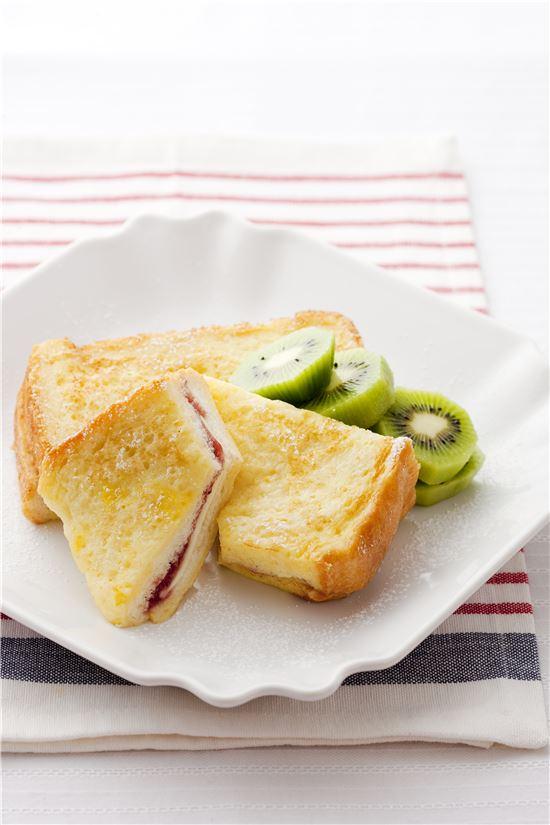 우유 프렌치 토스트