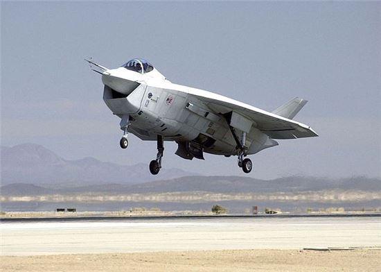 보잉사가 JSF사업 당시 개발했다가 선정에서 탈락한 시험기 X-32의 모습(사진=위키피디아)