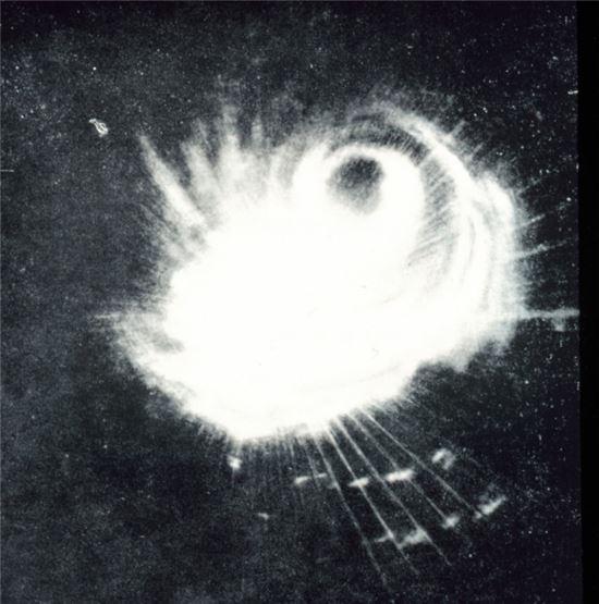 1944년 12월18일 미군 레이더에 포착된 태풍 '코브라'의 모습(사진=위키피디아)