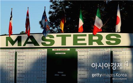 마스터스는 골프의 대가, 장인, 뛰어난 사람들이 경쟁을 펼치는 최고의 대회를 의미한다.