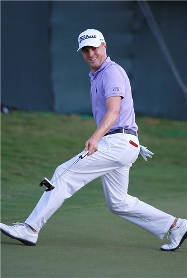 저스틴 토머스는 시즌 5승을 쓸어 담아 PGA투어를 평정했고, 페덱스컵(PO) 챔프에 등극해 1000만 달러 잭팟까지 터뜨렸다.