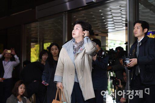 [포토]서울경찰청 출석한 서해순