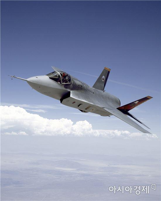 [단독]방사청, F-35 고정가 꼼수계약… 軍위성 결국 돈주고 구입