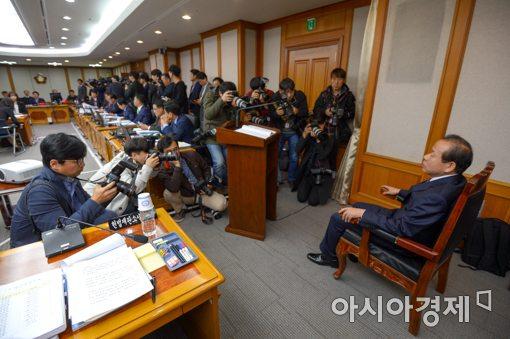 [포토]아직도 시작 못한 헌법재판소 국정감사