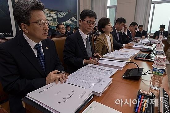 국회 SOC 예산 확보, 공중전-수중전 '싸움의 법칙'