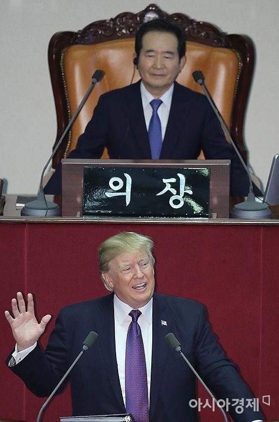 """국회 온 트럼프, 北 규탄 집중…""""잔혹 체제 고립시켜야""""(상보)"""