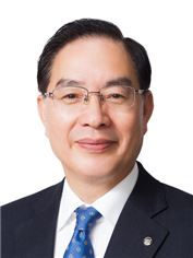 하윤수 한국교원단체총연합회 회장·부산교대 교수