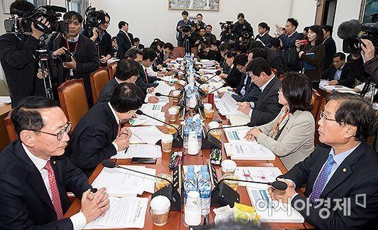 국회 상임위 거치니 9조원 늘어난 예산안